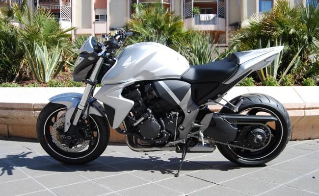 Honda CB1000R White Line